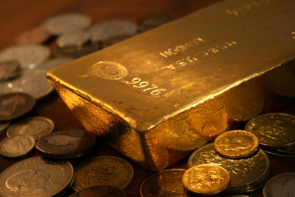 CFTC, DOJ Investigate Banks for Rigging Precious Metals Market