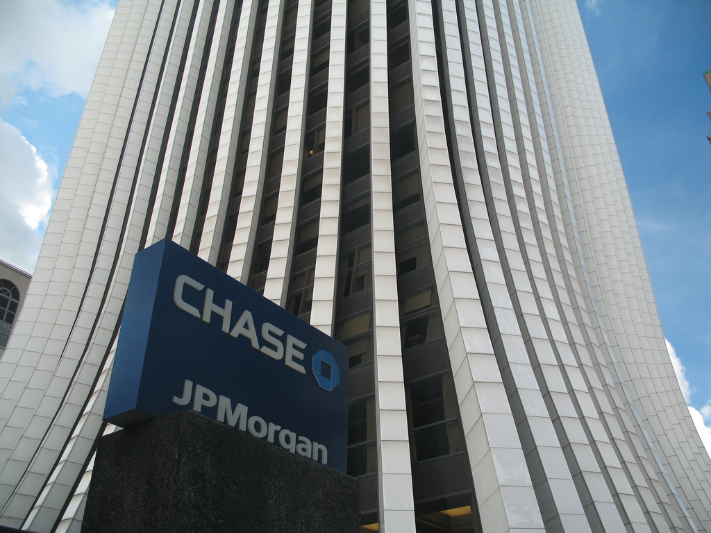 SEC Investigates Broker Conflicts of Interest at JPMorgan